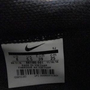 Nike Shoes - Nike Sock Dart